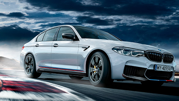 BMW M5 z M Performance Parts